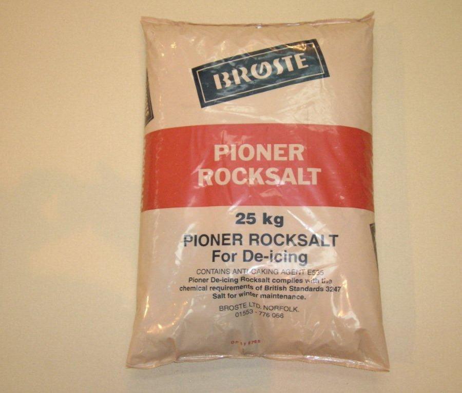 Brown De-Icing rock 25 kg bag